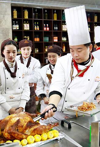 欧米奇西餐培训学校-顾伟凯/Seven