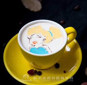 咖啡师培训作品焦糖玛奇朵